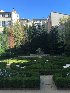 In the middle of downtown Aix
